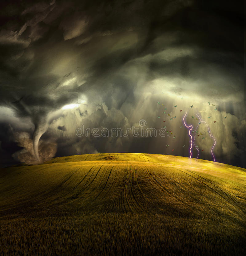 Tornado en paisaje tempestuoso ilustración del vector