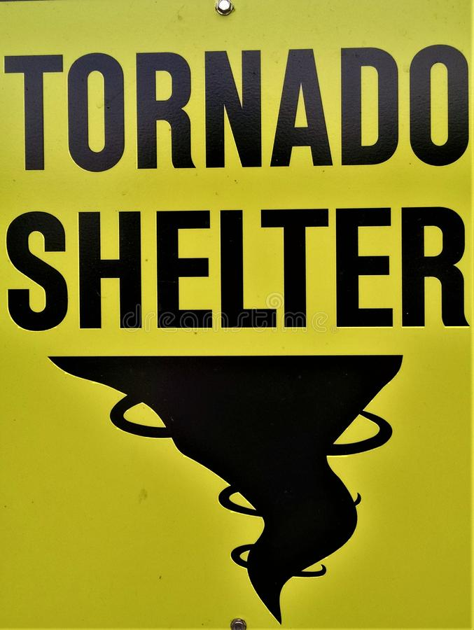 Free Tornado Shelter Sign Stock Photo - 147648100