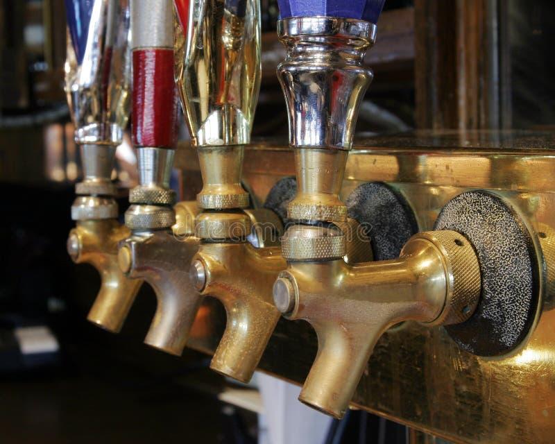Torneiras da cerveja imagens de stock