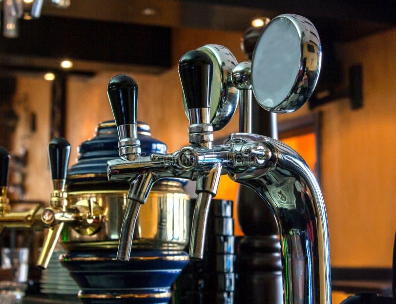 Torneiras da cerveja fotografia de stock royalty free