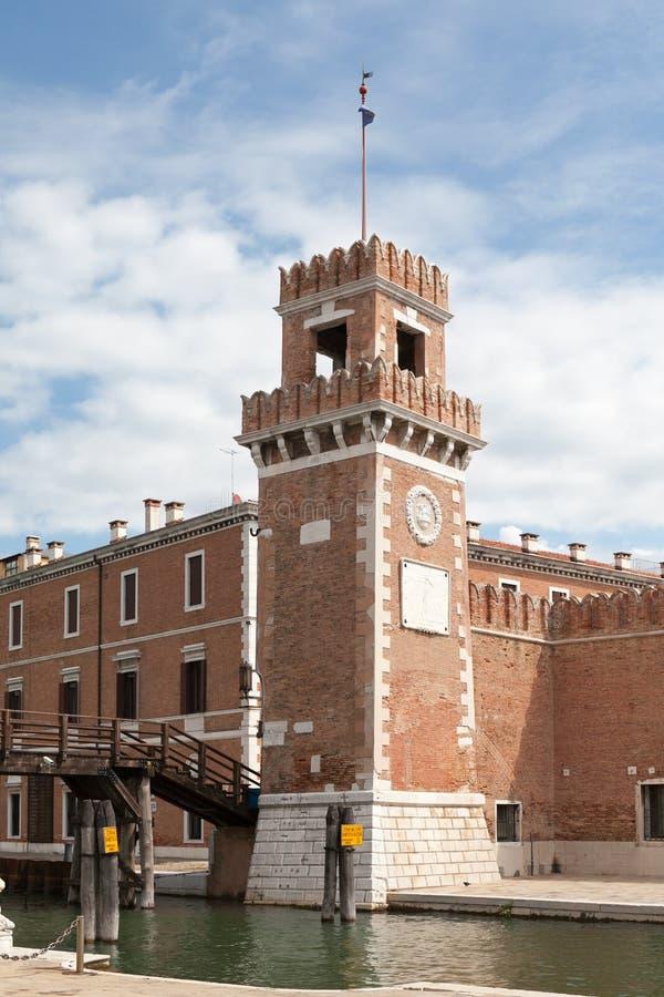 Tornet av Arsenalen, Venedig Italien royaltyfria foton