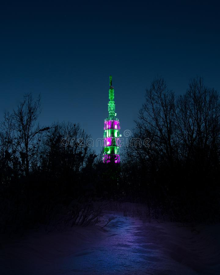 Tornljusshow i natten arkivfoton