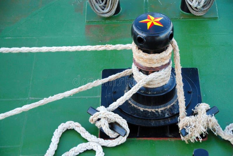 Torno en el barco de la travesía imagen de archivo
