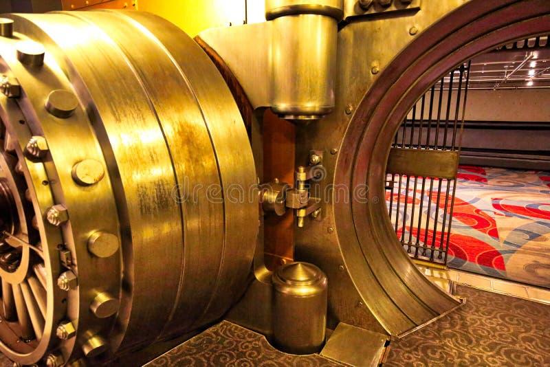 Toronto, Canadá 6 de junio de 2017: La cámara acorazada, un exhi famoso de la caja fuerte del banco fotografía de archivo libre de regalías