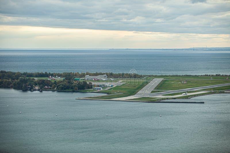 Toronto, CANADA - 10 novembre 2018: Ontario riviera a Toronto occupata immagini stock