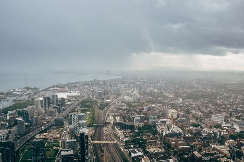 Toronto cityscape från CN-tornet arkivfoto