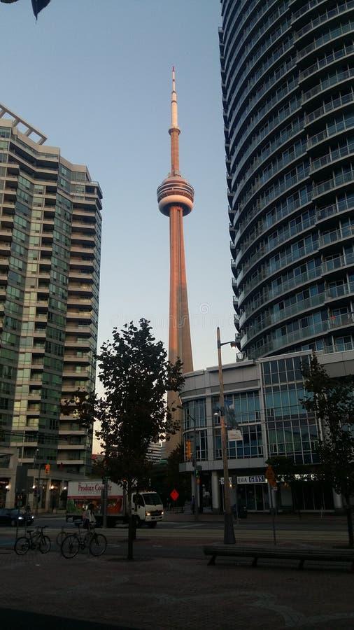 Toronto CN wierza doświadczenia widok od Środkowego terenu obraz stock