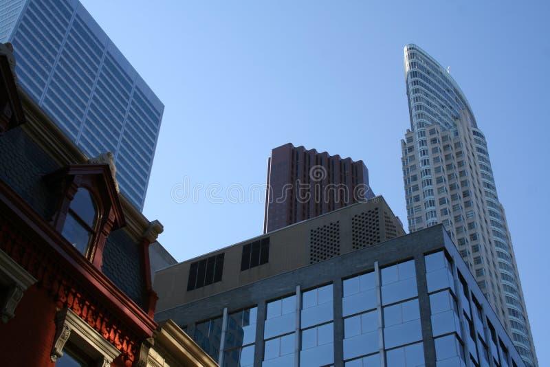 Toronto de stad in royalty-vrije stock afbeelding
