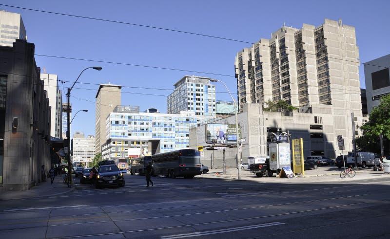 Toronto, il 24 giugno: Costruzioni moderne del centro da Toronto della provincia di Ontario nel Canada fotografia stock