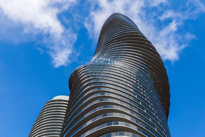 Toronto, KANADA - 21. November 2018: Twin Tower des absoluten Betrugs lizenzfreies stockfoto