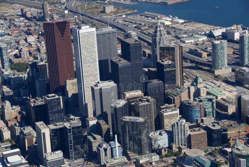 Toronto-Kontrolltürme lizenzfreie stockfotografie