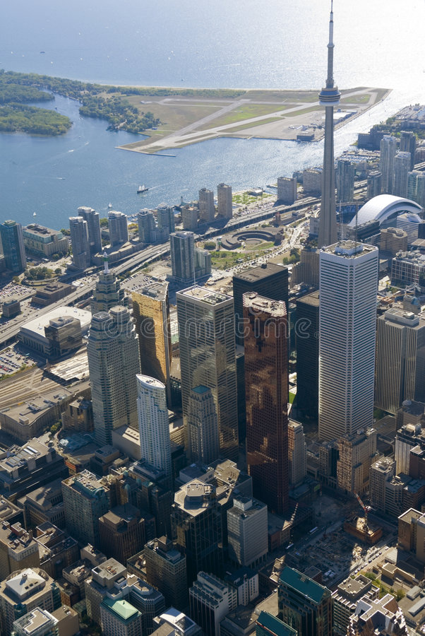 Toronto-Kontrolltürme lizenzfreies stockbild