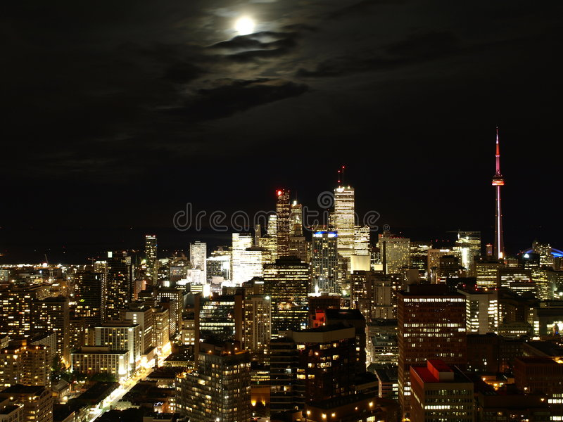Download Toronto la nuit image stock. Image du durée, rougeoyer - 8650759
