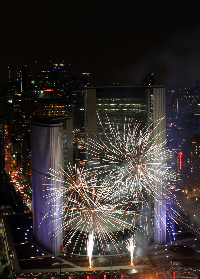 Download Toronto New Years Eve Fireworks 2012 Editorial Stock Image - Image: 22638309