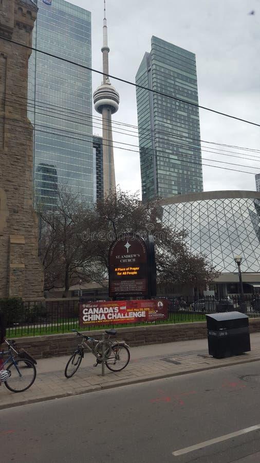 Toronto-Skyline vom Ontario See lizenzfreie stockbilder