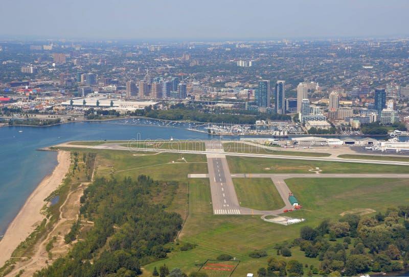 Toronto-Stadt Flughafen stockfotos