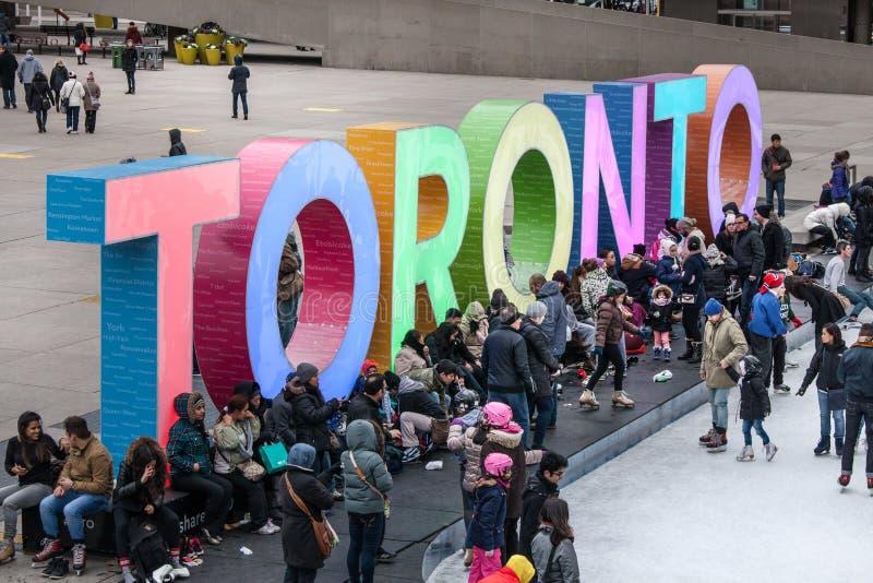 Toronto urząd miasta lub Nowy urząd miasta Łyżwiarski lodowisko Kanada obrazy royalty free
