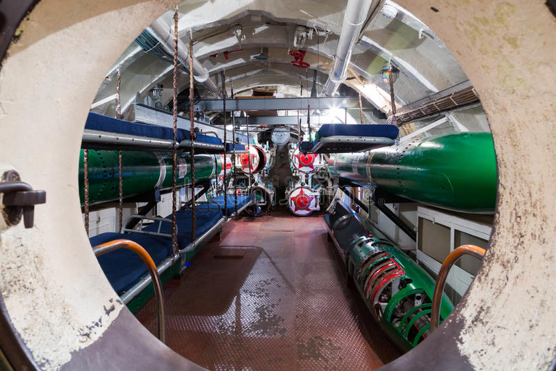 Torpedowy przedział w rosyjskiej łodzi podwodnej fotografia stock