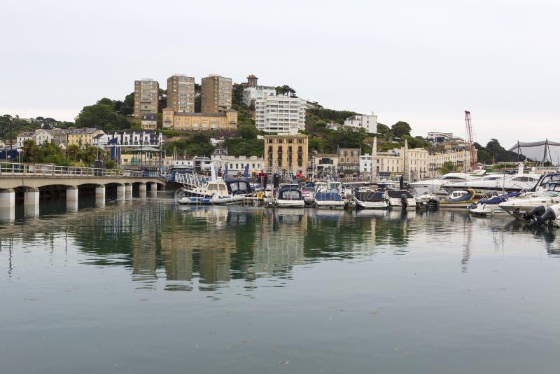 Torquay-Hafen bei Ebbe, Devon, Großbritannien lizenzfreie stockbilder