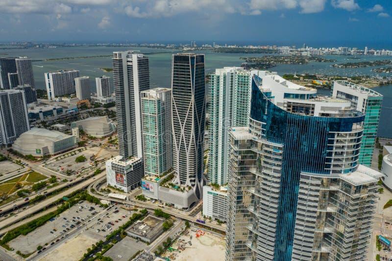 Torre aérea do worldcenter de Miami Paramount da foto perto da conclusão fotos de stock