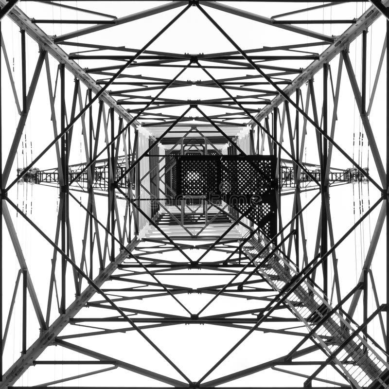Download Torre ad alta tensione fotografia stock. Immagine di ingegneria - 30827612