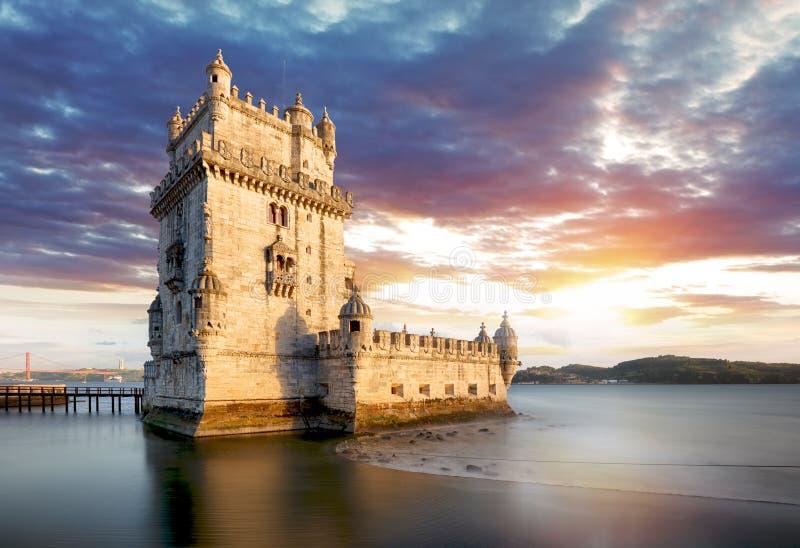 Torre al tramonto, Lisbona - Portogallo di Lisbona, Belem fotografia stock