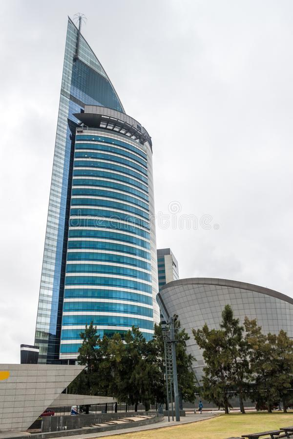 Torre Antel skyskrapa i Montevideo royaltyfria foton