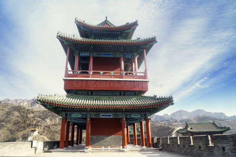 Torre antigua hermosa en la Gran Muralla de China fotografía de archivo