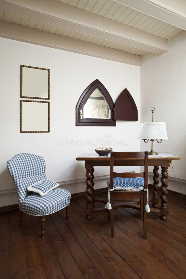 Torre, apartamentos residenciais luxuosos imagens de stock