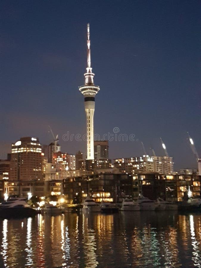Torre Auckland de Nueva Zelandia fotos de archivo