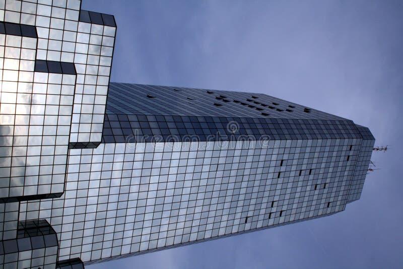 Download Torre azul em Varsóvia imagem de stock. Imagem de finanças - 528393