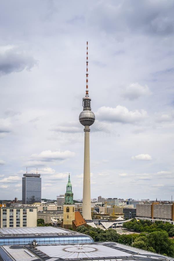 Torre Berlín de la televisión imágenes de archivo libres de regalías