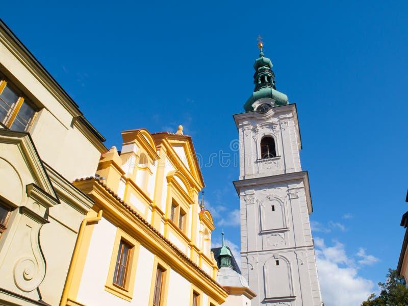 Torre blanca en Klatovy fotos de archivo