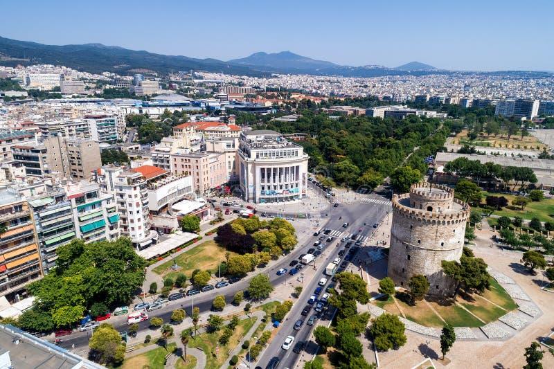 Torre branca na cidade de Tessalónica em Grécia do norte imagens de stock