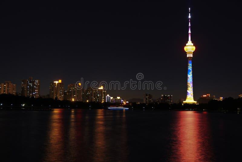 Torre central da televisão de China (CCTV) fotografia de stock