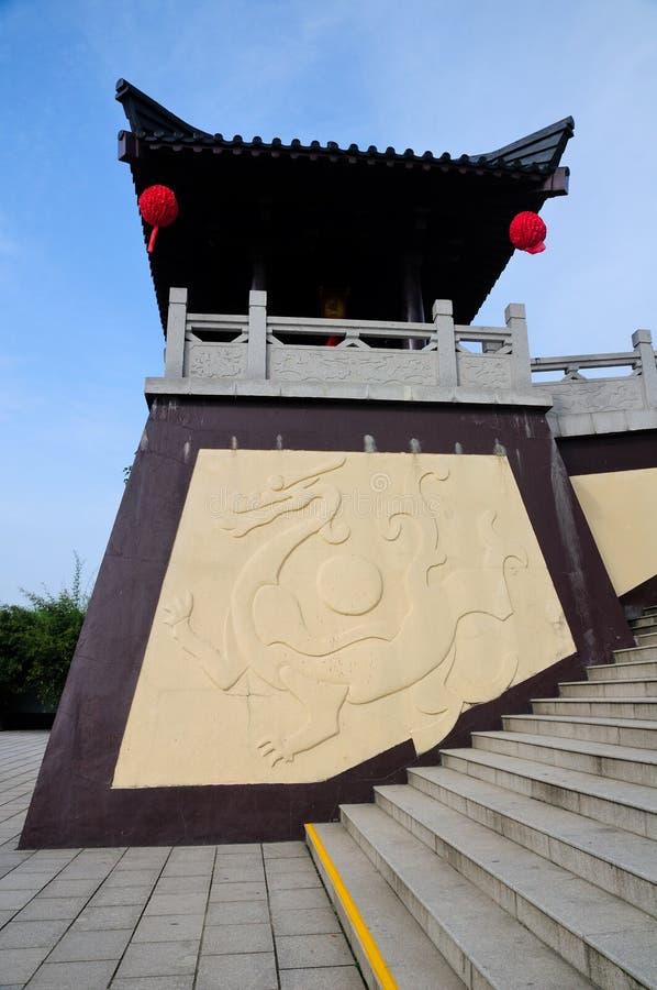 Torre cinese del drago immagine stock