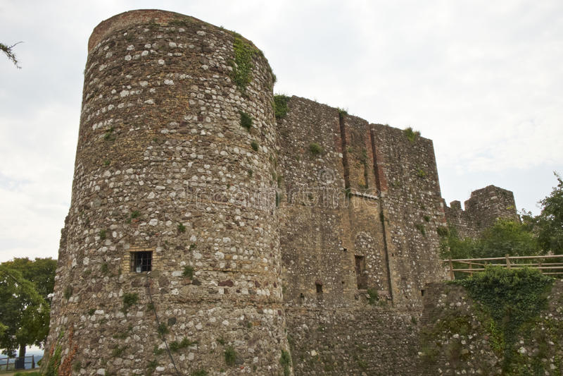Torre com paredes da fortificação imagem de stock royalty free