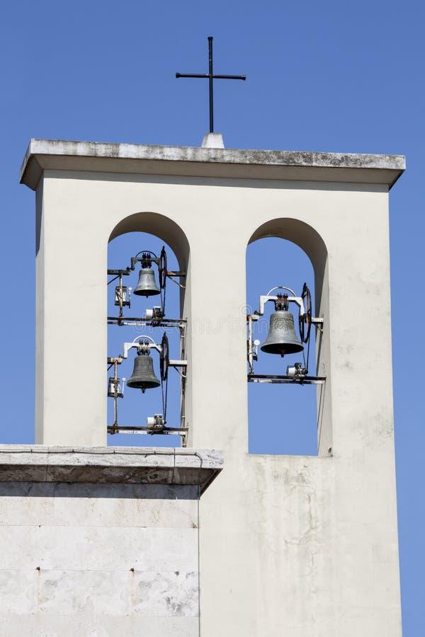 Torre com sinos Igreja em Roma, Italy imagens de stock royalty free
