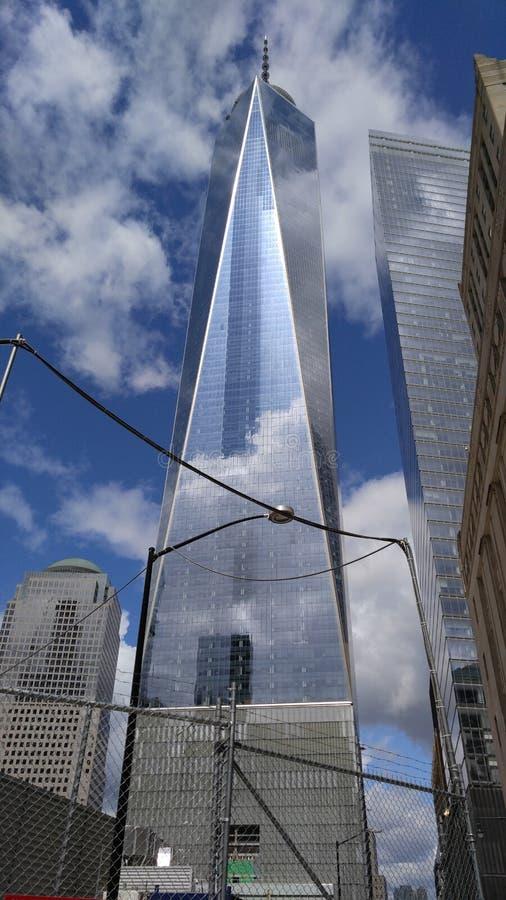 9/11 torre conmemorativa en New York City fotos de archivo