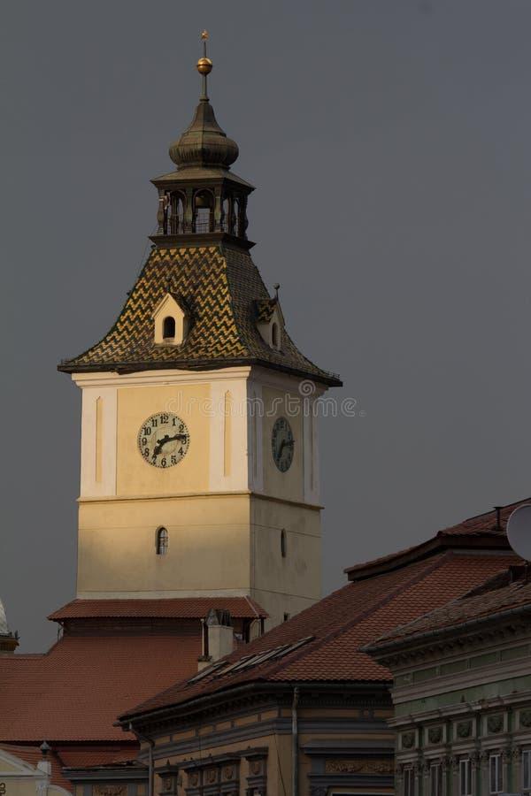 Torre da câmara municipal, Brasov, Romênia imagem de stock