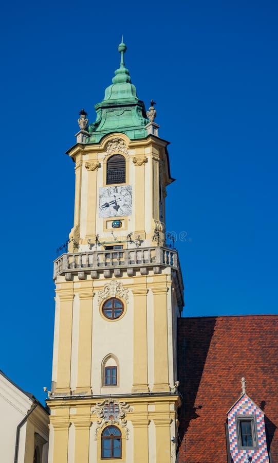Torre da câmara municipal velha em Bratislava, Eslováquia fotos de stock