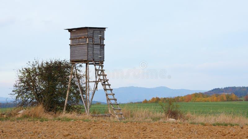 Torre da ca?a imagens de stock royalty free