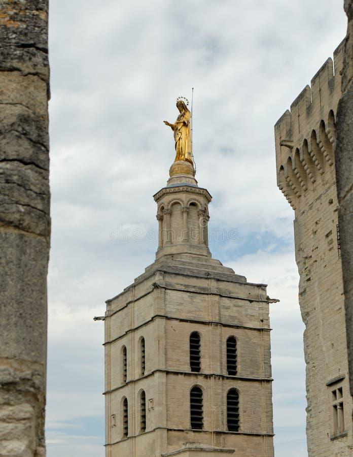 Torre da catedral do DES Papes de Palais imagem de stock