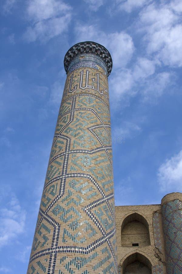 Torre da mesquita de Bibi Khanum em Samarkand imagem de stock royalty free