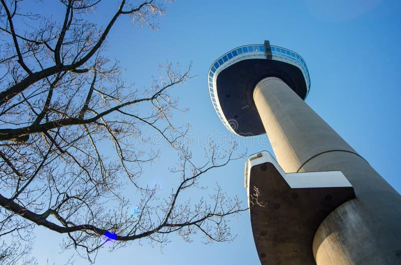 Torre da vista em Rotterdam imagem de stock