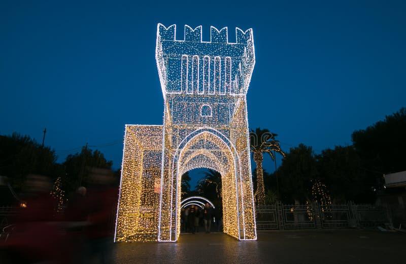 Torre das luzes no centro histórico de Civitanova Marche, Itália foto de stock royalty free