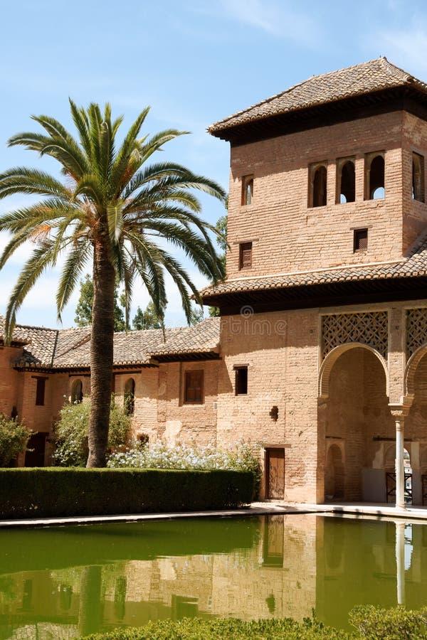 Torre das senhoras no Alhambra em Granada imagens de stock royalty free