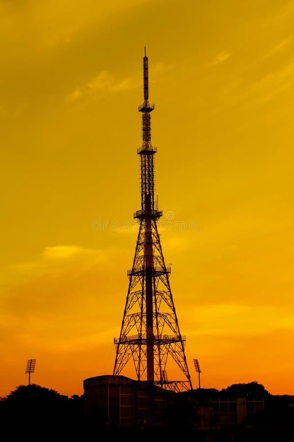 Torre das telecomunicações fotos de stock