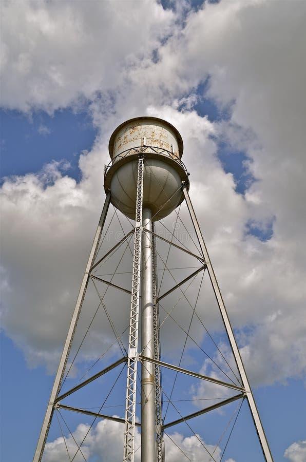 Torre de agua del vintage fotos de archivo