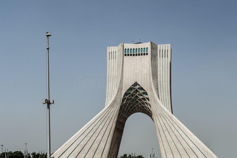 Torre de Azadi em Tehran, Irã imagem de stock